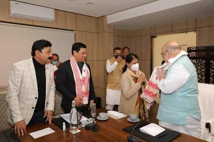 Ajanta Neog, Rajdeep Goala to join BJP on Tuesday