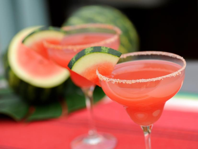 The Cosmopolitan Cocktail: The Best Recipe for your next Party