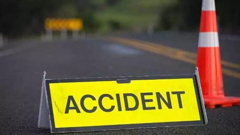 1 killed, 4 injured in road mishap in Assam's Dibrugarh